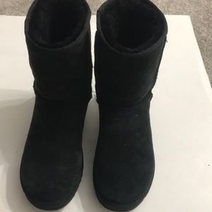 Ugg boot size 10 in Excellent condition